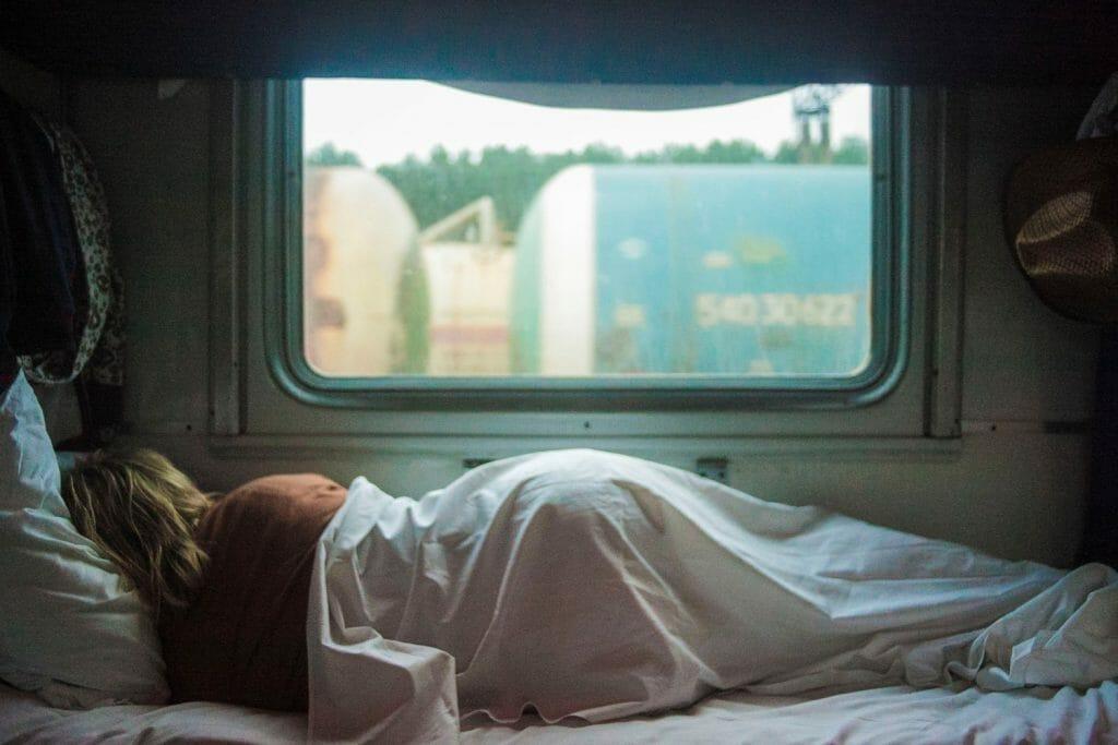 Backpackkit slaapset backpacken trein