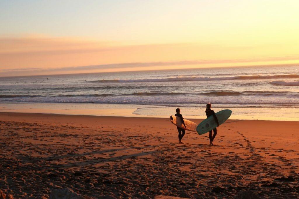 backpackkit reizen backpacken corona surfen galicie
